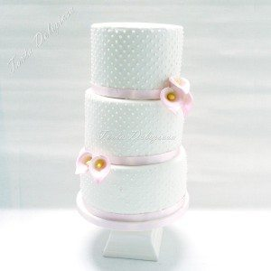 Bruidstaart Icing dots en calla's