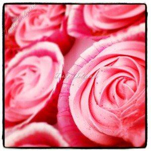 Cupcake aardbei roos