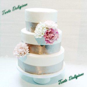 Bruidstaart Pioenrozen in roze tinten