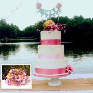 Bruidstaart Basic line met verse bloemen