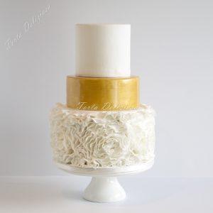 Bruidstaart rose ruffel met goud