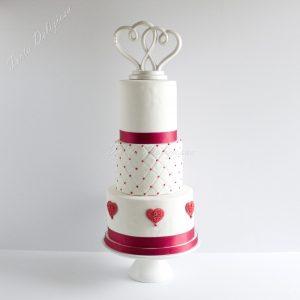 chesterfiel-bruidstaart-met-rood