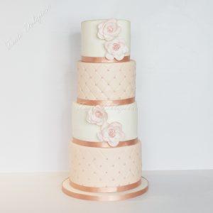 chesterfield bruidstaart in roze